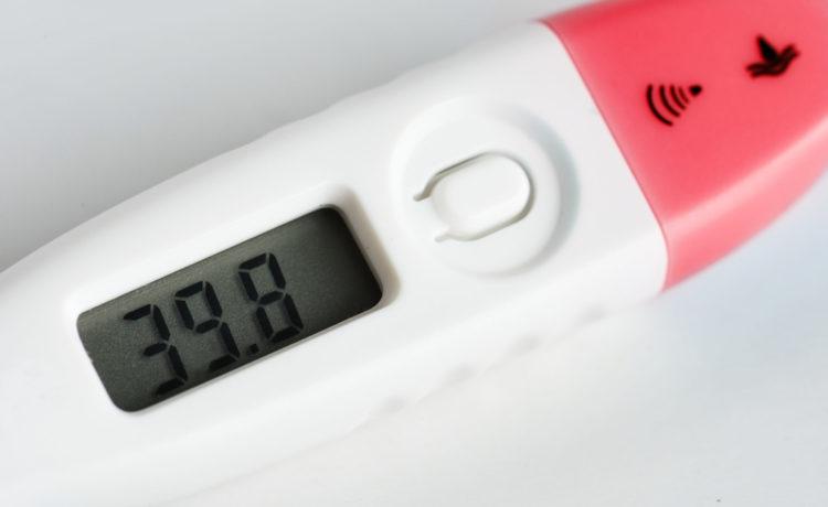 Cosa fare quando un neonato ha la febbre